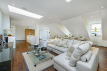 2 bed property in Tadema Road, London. SW10
