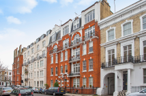 Flat for sale in Fawcett Street...