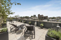 2 bedroom Flat for sale in Stanford Road, London. W8