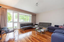 Elm Park Gardens Flat for sale