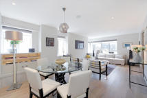 2 bedroom Flat for sale in Elvaston Place...