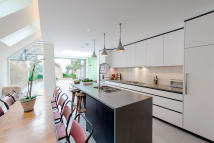 5 bedroom property for sale in Favart Road, London. SW6
