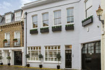 2 bedroom property for sale in Redcliffe Mews, London...