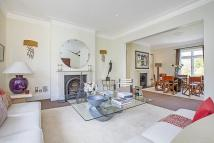 Flat to rent in Netherton Grove, SW10