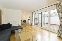 Ground Flat to rent in Catherine Court, SW3