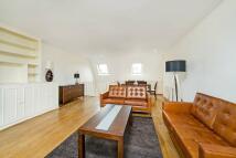 2 bedroom Flat in Ifield Road, SW10