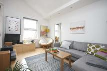 Flat to rent in Blackstock Road...