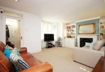 2 bedroom Flat to rent in Riversdale Rd, Highbury...