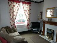 3 bedroom Terraced property in Station Road, Deepcar...