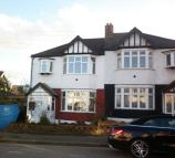 3 bedroom semi detached property to rent in Elmhurst Drive...