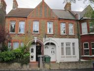 2 bed Flat in Kettlebaston Road, Leyton