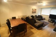 2 bed Flat to rent in Trent Court...
