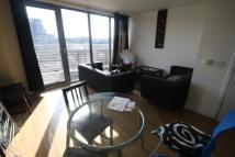 2 bedroom Flat in Thomas Frye Court...
