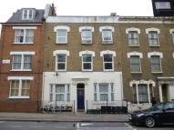 Flat to rent in Chatsworth Road, Hackney