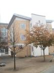 3 bed Flat in Hartlepool Court, London