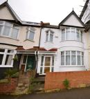 Terraced home in Woodstock Road...