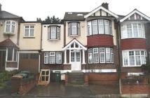 5 bedroom semi detached home in Hillside Gardens...
