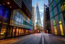 Flat for sale in Aldgate Place, London