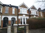 3 bedroom Flat to rent in Church Hill, Walthamstow