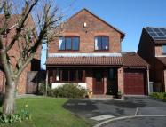 4 bedroom Detached home in Handforth Close...