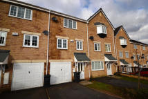 3 bedroom Town House in Wood View, Huddersfied