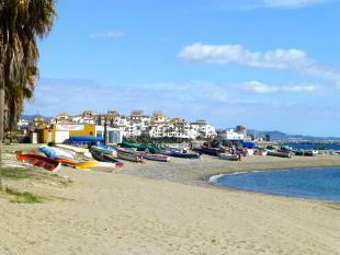 BANUS BEACH