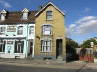 Old High Street Flat to rent