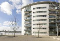 3 bedroom Apartment in PENTHOUSE - Docklands...