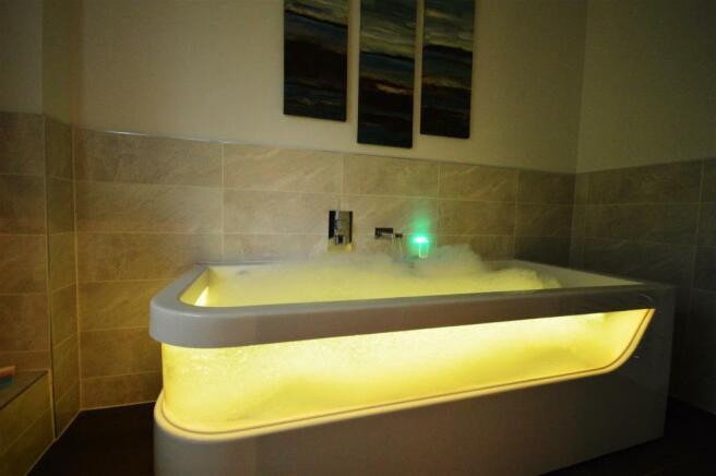 Yellow Bath.JPG