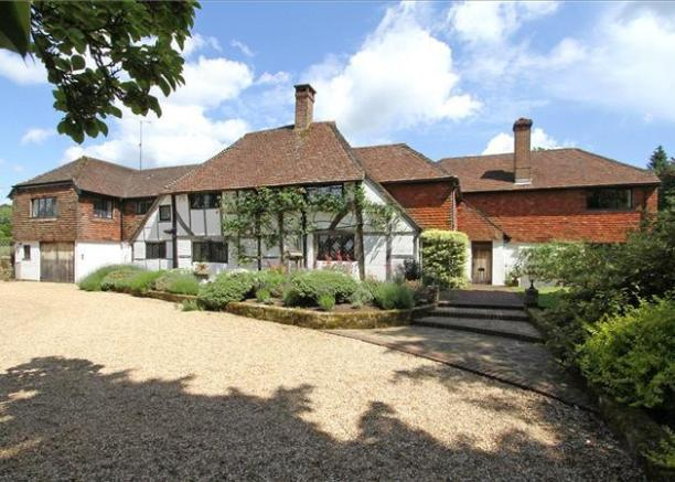6 Bedroom Detached House For Sale In Woodmansgreen Linch Liphook