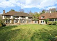 5 bedroom Detached property in Tennysons Lane...