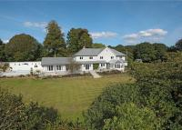 5 bedroom Detached property in Tunbridge Lane...