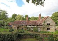 5 bedroom Detached home in Vann Lane, Chiddingfold...