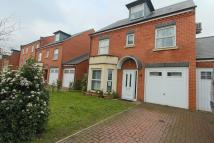 4 bedroom Detached property to rent in Chilcott Close, Wembley...