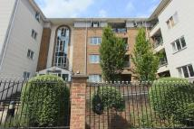 Flat to rent in Empire Way, Wembley...
