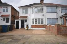 semi detached house to rent in Hill Road , Harrow...