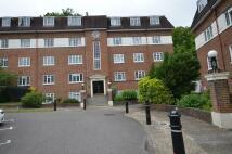 2 bedroom Flat in Herga Court, Harrow...