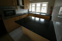 1 bedroom Apartment to rent in Stainland Road...