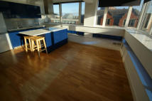 2 bedroom Apartment to rent in Parliament Street...
