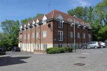 2 bed Flat for sale in Maurice Way, Marlborough...