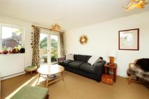 Flat to rent in Yew Tree Court, N16