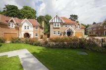 6 bed new house in Chipstead
