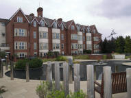 3 bedroom Flat for sale in Royal Court Apartments...