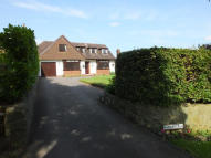 3 bed Detached Bungalow in Ford Lane, Lichfield...