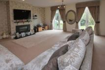 7 bedroom Detached property in IG10