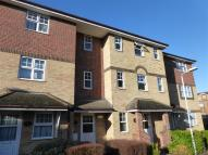 Flat to rent in Earls Meade, LUTON