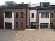 1 bedroom Flat to rent in Mousehole Lane...