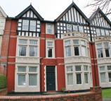 1 bed Flat to rent in Victoria Square, Penarth...