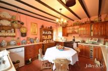 3 bed Cottage for sale in 80 Hague Bar, Strines...