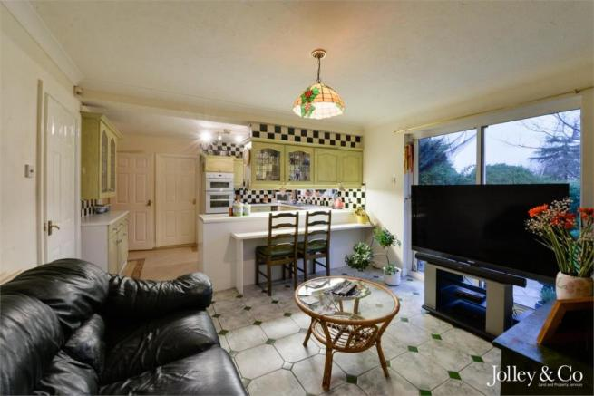 Family Room / Kitch